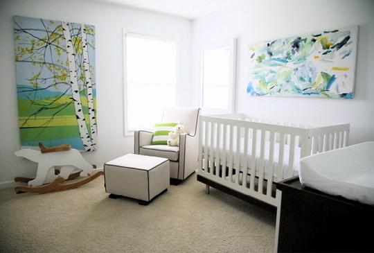 Чем можно украсить стену детской комнаты?