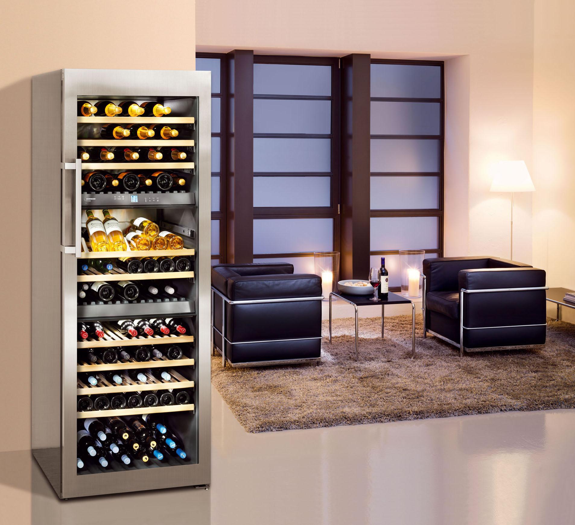 Выбор шкафа для хранения вина в бутылках