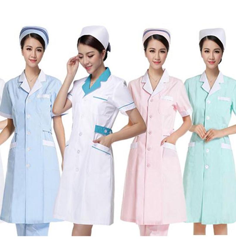 Женские туники: выбор правильной медицинской одежды