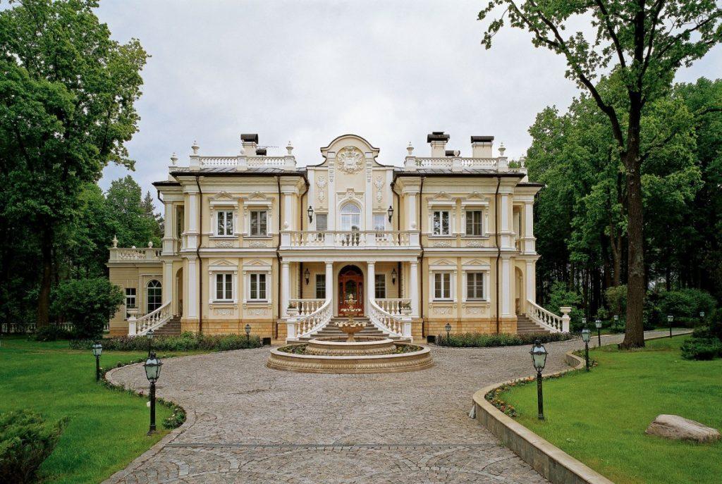 Красивое имение