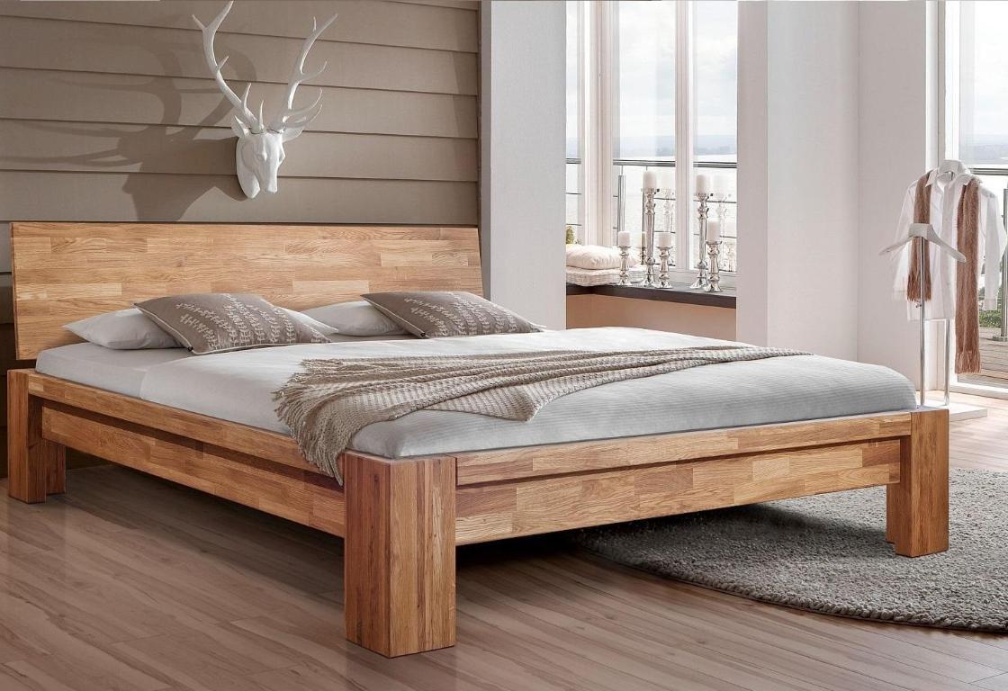 Кровать из натурального массива дерева